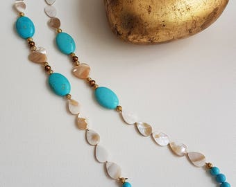 Semi-precious necklace, pearl and turquoise. Boho Style. Classic Jewellery
