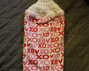 Valentine  XOXO  Hanging Towel