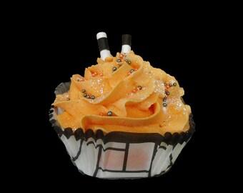 Creamsicle Cupcake - Handmade, Bath Bomb Fizzy, Bath Dessert