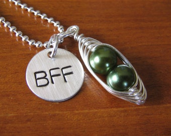 BFF Necklace - two peas in a pod necklace - Best Friends Necklace - Girlfriend Necklace - Best Friends Jewelry