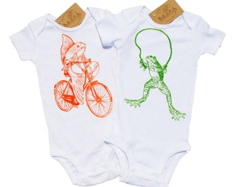 Funny Jumpers - Baby Bodysuits Set of 2 - Baby Girl or Boy Newborn Outfit - Orange Creeper Green Creeper - Layette - Fish Frog Print