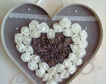 Frame canvas romantic heart, love, marriage, tones of taupe and ecru, polyethylene, lace, roses half - pearls