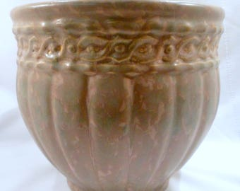 Very Early Weller Jardiniere, Ribbed Body, Band at Rim, Tan and Green