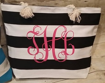 Personalized Wedding Gift.  Bridal Party Gift, Monogrammed Beach Bag, Bridal Party Gifts, Beach Tote, Cruise Bag, Bridesmaid Gift