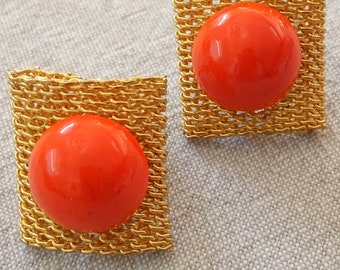 Vintage Avant Garde Orange Lucite and Gold tone Mesh Clip on Earrings