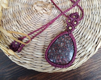 Jasper Chic Hippie Necklace in macrame, healing jewelry, macrame jewelry