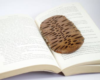 Australian gift - wood bookmark, natural gift, wooden bookmark, handmade gifts, unique gift, wood home decor, wood gifts, banksia