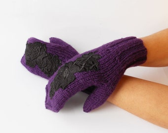 Hand Knitted Mittens, Embroidered Mittens, Fall Winter Mittens, Warm Knitted Mittens, Purple Women's Mittens, Girl's Mitts, Purple Mitts.