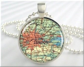 London Map Pendant, Resin Charm, London England Map Necklace, Picture Pendant, Gift Under 20, Travel Gift, Round Silver Pendant 295RS