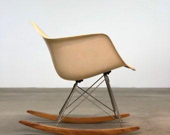 Herman Miller | Eames Rocker RAR Parchment Chair | Mid Century