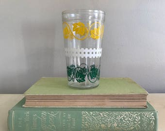 Green and yellow ivy picket fence juice glass