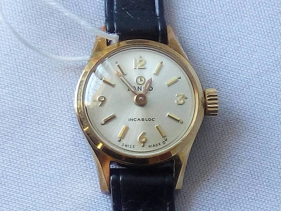 LANCO Vintage Swiss Watch Incabloc- Ellegant Ladies Wristwatch - New in Box with tags - 1970's