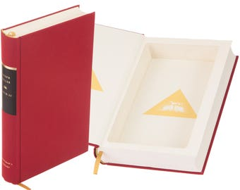 Hollow Book Safe - Catch-22 by Joseph Heller (Magnetic Closure)