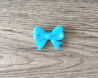 Pearl bow shaped acrylic - TURQUOISE