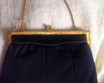 Free US/CDN Shipping! Morris Moskowitz 1950's-60's peau de faille evening bag