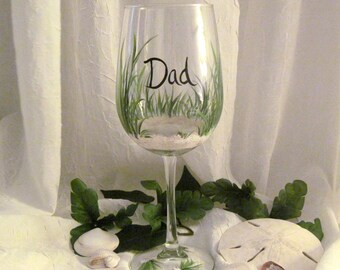 Free shipping Hand painted beach wine glass personalized for dad, grandfather, uncle, brother, brother in law, friend, etc.
