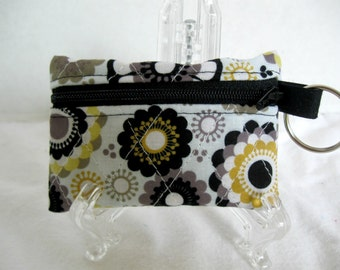 Quilted Coin Purse - Floral Change Purse - Coin Purse Key Ring - Black Grey Yellow Flower Small Zip Pouch