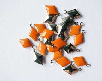 50 pcs of diamond shape hand cast poly resin drop in bright orange on steel tone plating brass base 12.5x7.5 mm