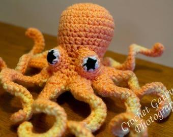 Octopus, Crochet Mini Octopus, Coral and Yellow Baby Octopus, Sea World, Baby, Nursery, Sea Animals