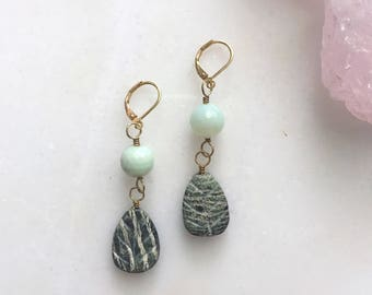 Pale blue earrings / jasper earrings / agate earrings / unique earrings / gemstone jewelry / boho earrings / stunning pair