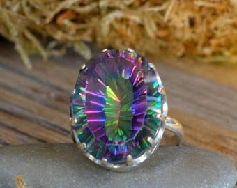 Mystic Quartz Ring. Mystic Topaz Ring. Silver ring with Rainbow Quartz. Present for her. Gift Idea. Gemstone jewelry