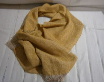 Mustard scarf in mohair