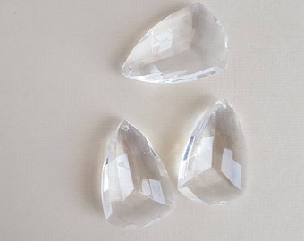 Vintage faceted clear lucite drops