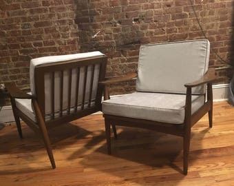Vintage mid century modern Danish modern lounge chair pair design walnut and silver cushions