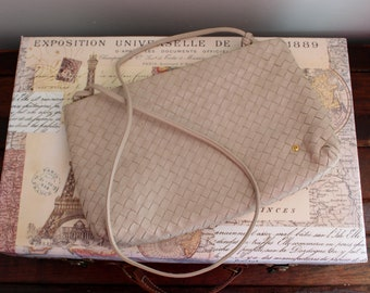 Vintage Light Beige Woven Leather Purse by Eitenne Aigner