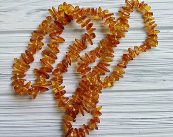 Vintage Baltic Amber 30 inches knotted necklace Genuine amber Beaded overhead adult necklace with amber
