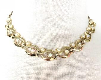 1960s faux pearl aurora borealis gold necklace