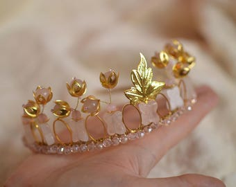 "Crown, tiara of rose quartz ""Ofelia"""