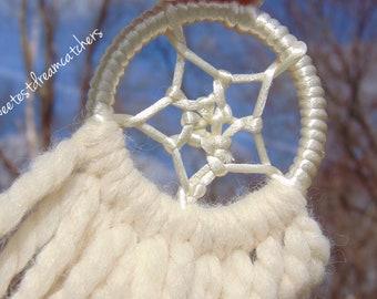 Cream yarn dreamcatcher