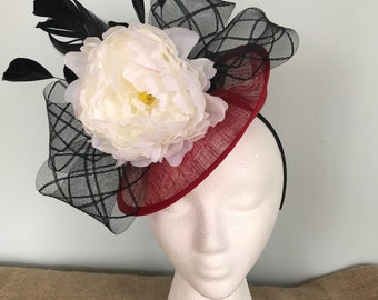 Kentucky Derby Fascinator, oaks, thurby, headpiece, derby hat, Kentucky Derby Hat Alternative, Floral Fascinator, Derby