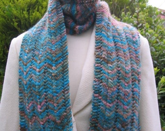 Scarf Knitting Chevron Lace pattern for hand dyed yarn - Knitting Pattern PDF