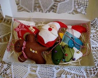 Christmas tree ornaments/set of 5 toys/handmade ornaments