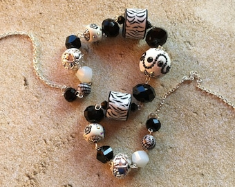 Black and White Statement Necklace, Beadwork Necklace, Beaded Necklace, Gifts For Her