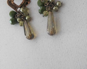 Gold Tone Green Glass Beaded Dangle / Drop Earrings