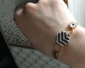 Hexagons: a bracelet