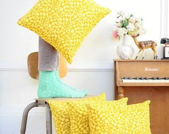 SALE - Throw Pillow - Golden Geometry