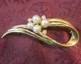 Vintage Gold and Pearl Swirl Brooch