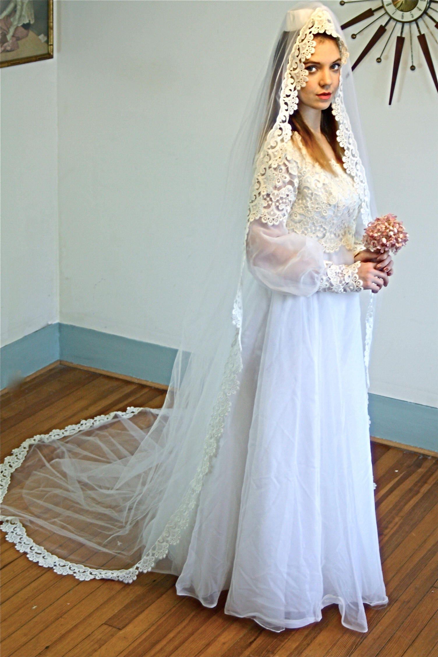70s Wedding Dress, Lace Veil Dress Set, Vintage Chantilly Lace ...