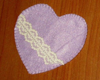 Lilac felt heart with lace