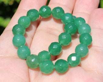 2 round Emerald beads faceted 9 mm AT20