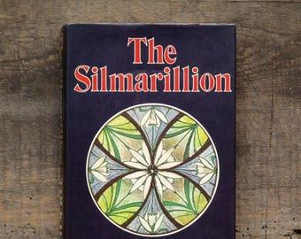 The Silmarillion fantasy fiction by J. R. R. Tolkien 1970s vintage book