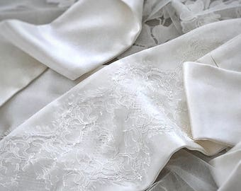 Bridal silk lace sash Gown wedding belt Vintage bridal wrap obi belt Off white satin bridal sash Wrap wedding belt Boho sash