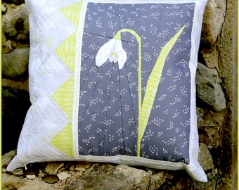 """Snowdrop 20"""" Paper Pieced Pillow or Mini Quilt Pattern"""