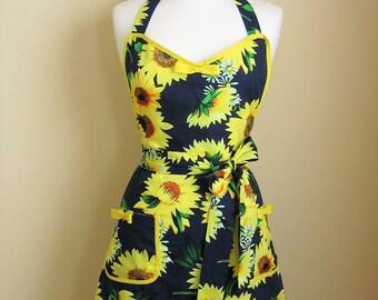 Apron / Retro Apron / Sunflowers Apron / 1950s Style Apron / Vintage Style Apron / Floral Apron / Blue and Yellow Apron / Womens Apron
