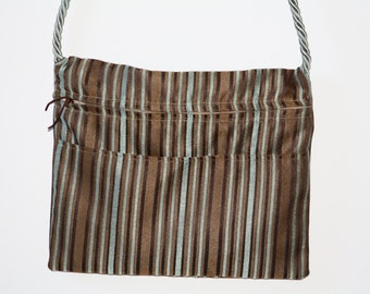 The Line-Striper: Striped Messenger Bag