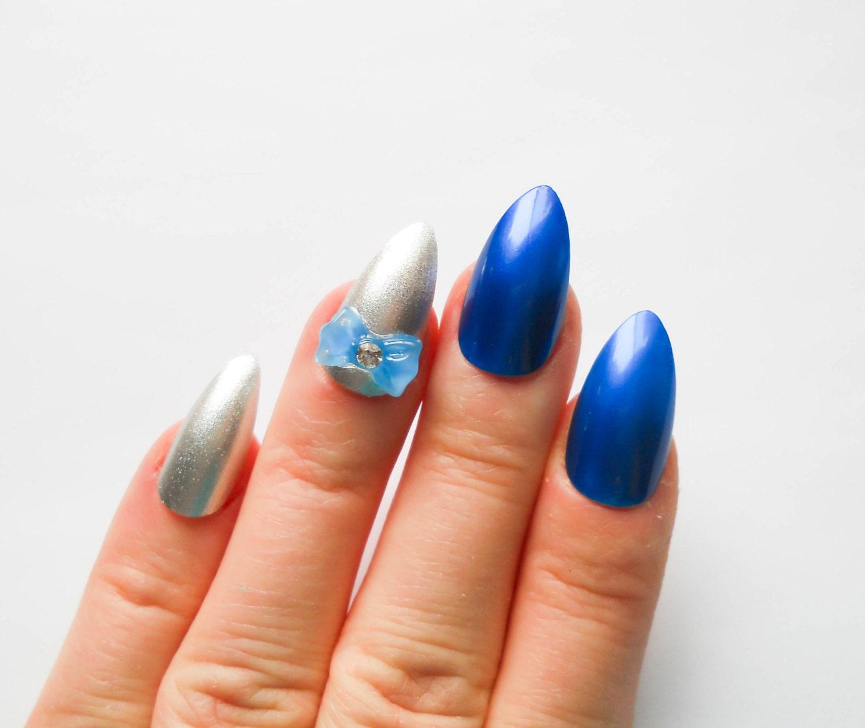 Silver & Blue Nails / Fake Nails / Stiletto Nails / Press on